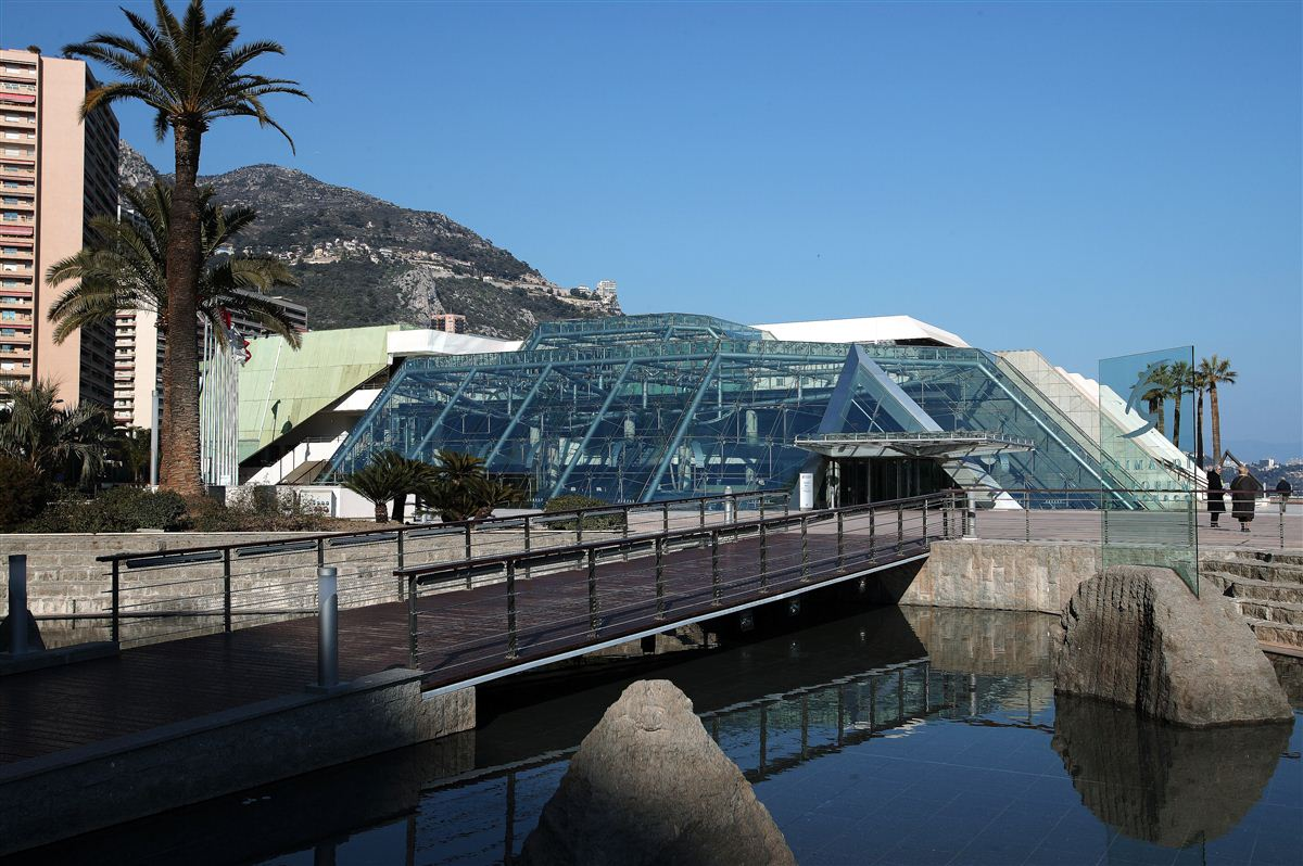 The IOC World Conference on Prevention of Injury and Illness in Sport (Monaco, 2014)